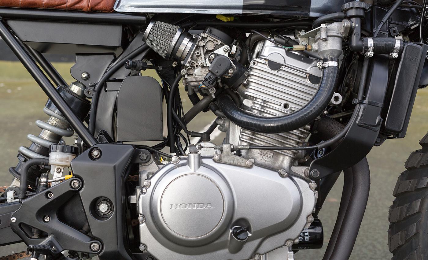 Kelvis-Honda-CBF250_04