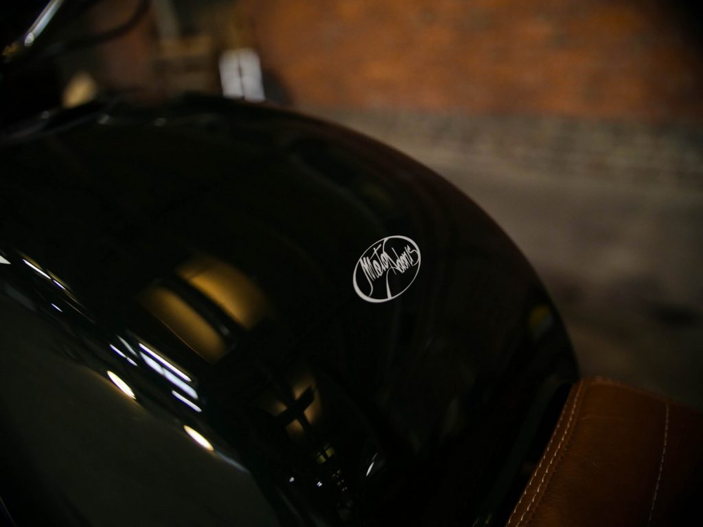 Moto_Adonis_BMW-3