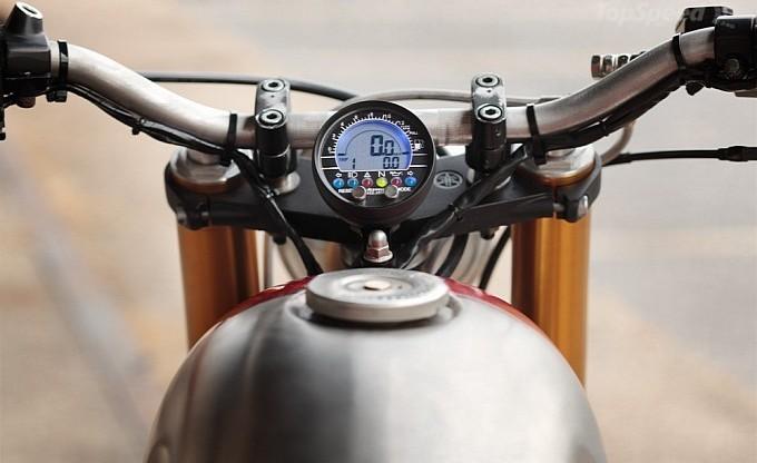 Yamaha-XV920R-2