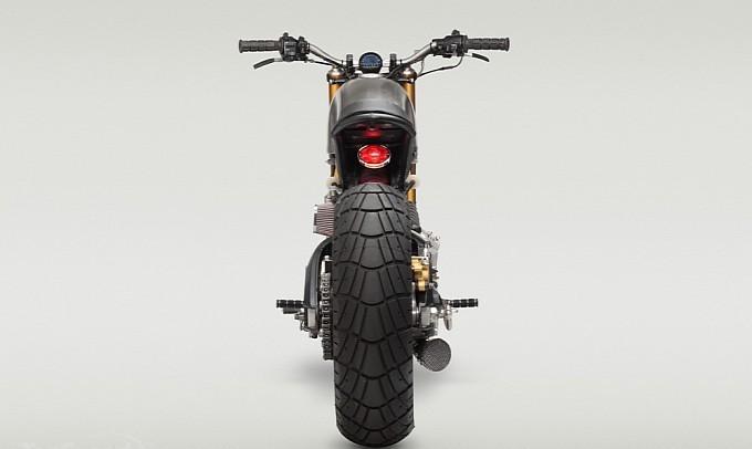 Yamaha-XV920R-3