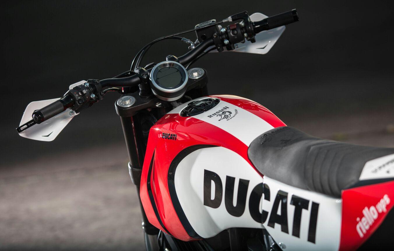 ducati-supermoto-scrambler-01